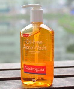 Sữa rửa mặt dạng gel trị mụn Neutrogena Oil-Free Acne Wash