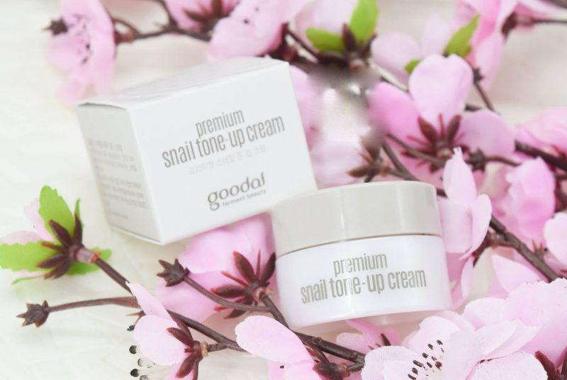 Kem Dưỡng Ốc Sên Goodal mini Premium Snail Tone Up Cream 10ml