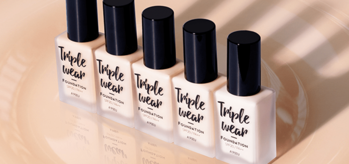Kem nền triple wear foundation