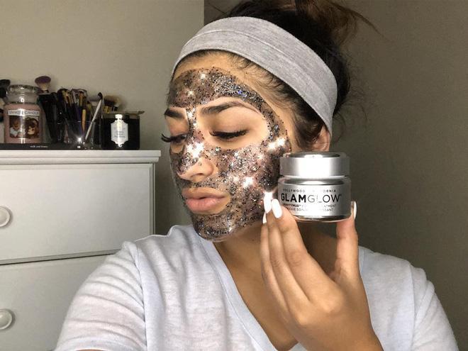 Mặt nạ lấp lánh Glam Glow Glitter Mask