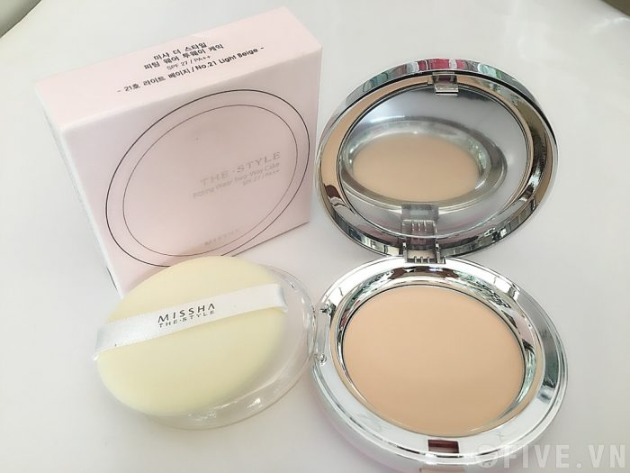 Phấn phủ Missha The Style Fitting Wear Two Way Cake SPF27 PA++