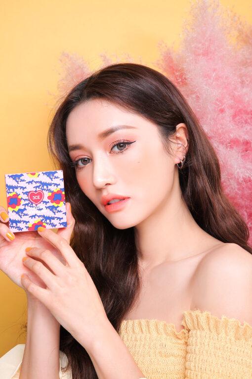 Phấn mắt và má 3CE Maison Kitsune Multi Color Palette
