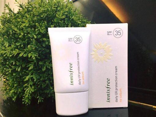 kem-chong-nang-kiem-dau-innisfree-daily-uv-protection-cream-no-sebum-5