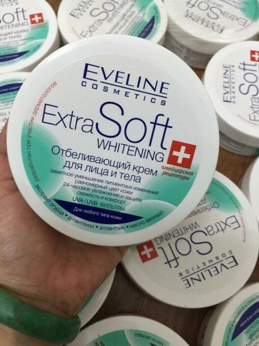 Kem-duong-trang-da-mat-va-toan-than-Eveline-Extra-Soft-4