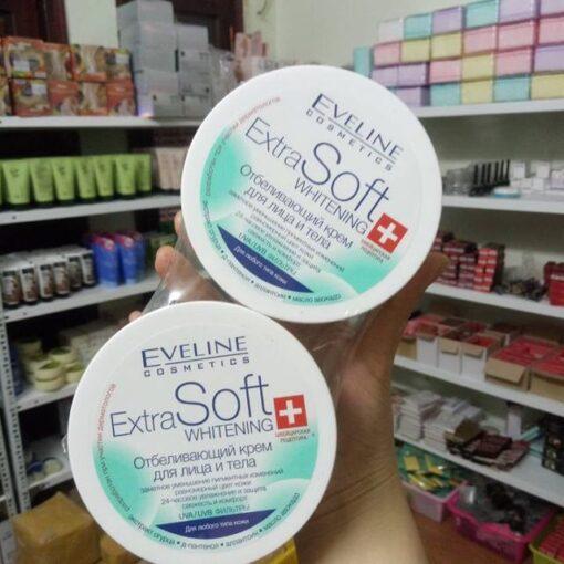 Kem-duong-trang-da-mat-va-toan-than-Eveline-Extra-Soft-9