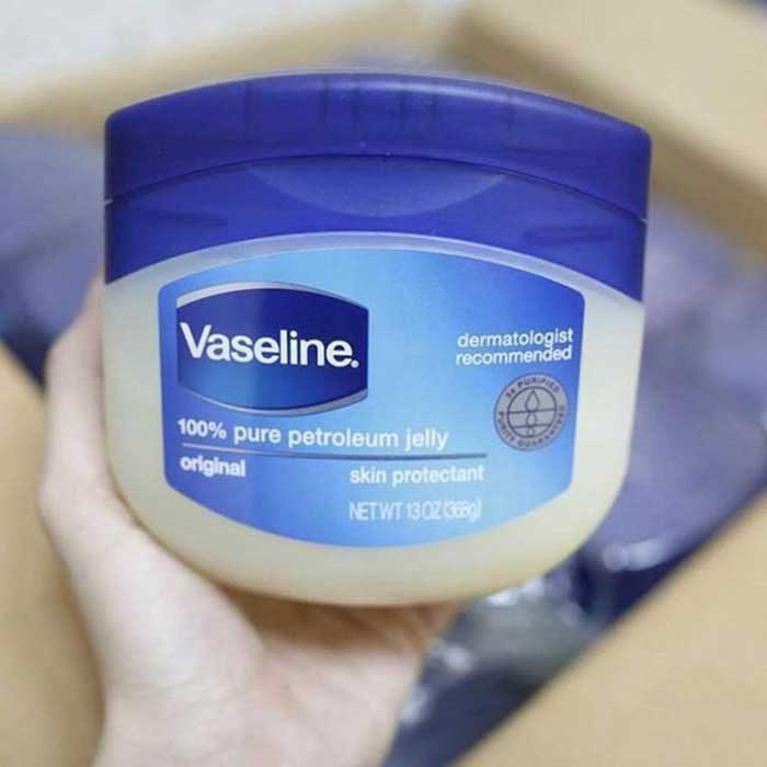 Kem nẻ Vaseline Pure Original Skin Protectant