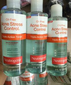 oil-free-acne-stress-control-triple-action-toner-7