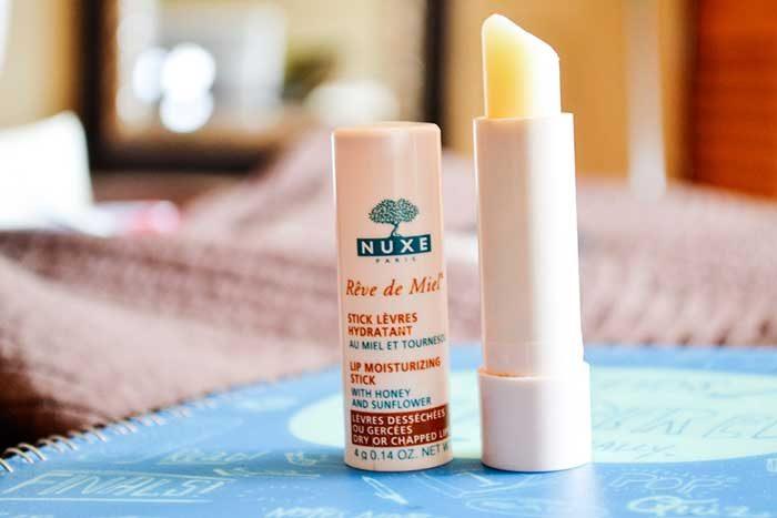 Son dưỡng môi Nuxe Reve de Miel Lip Moisturizing Stick