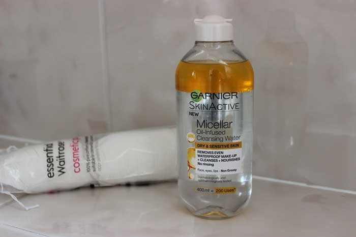 Tẩy Trang Garnier Skin Active Oil Infused Micellar Cleansing Water