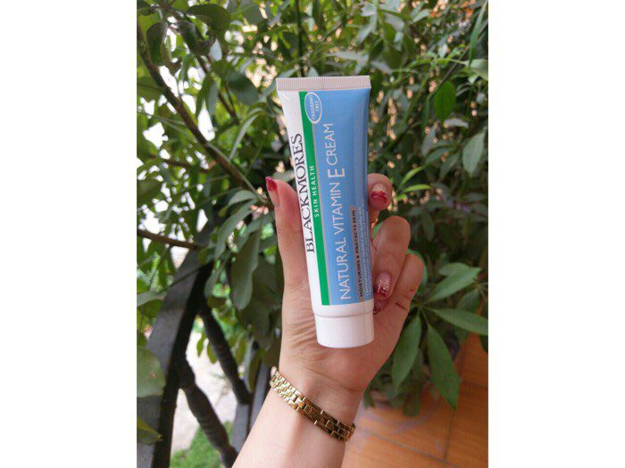 Kem dưỡng Natural Vitamin E Cream Blackmores