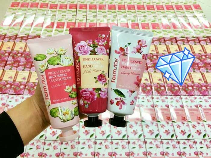 Kem Dưỡng Da Tay Farm Stay Collagen Visible Difference Hand Cream