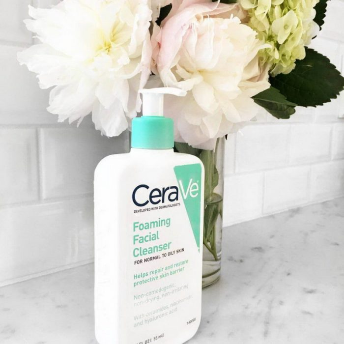 sữa rửa mặt Foaming Facial Hydrating Renewing SA Cleanser