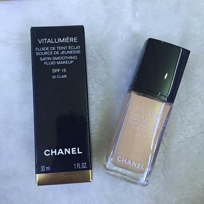 Kem nền Chanel Vitalumiere Satin Smoothing Fluid Makeup
