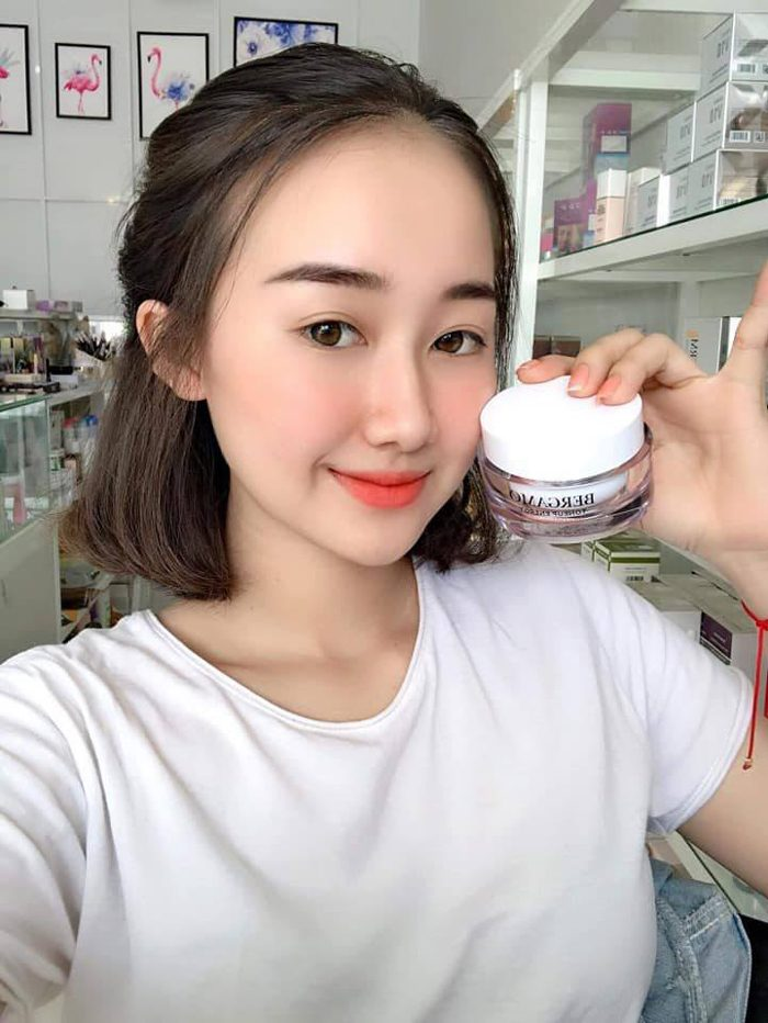 Kem Bergamo Tonerup Energy Natural Whitening Cream