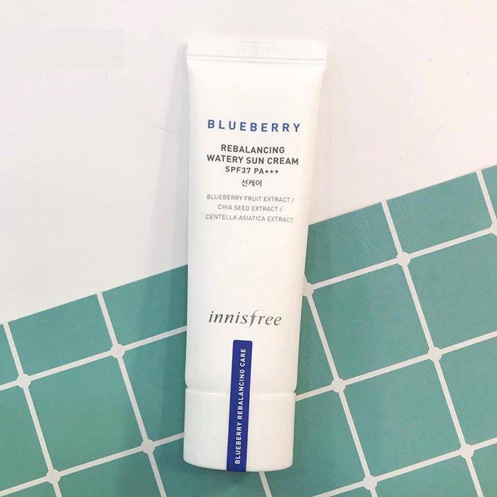 Kem Chống Nắng Innisfree Blueberry Rebalancing Watery Sun Cream SPF37 PA+++