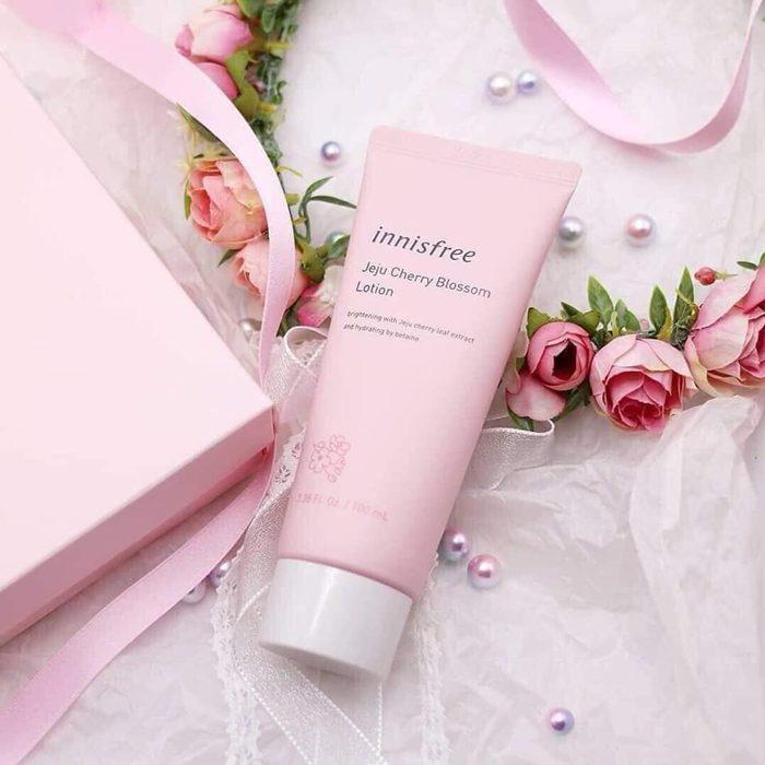 Sữa Dưỡng Innisfree Jeju Cherry Blossom Lotion