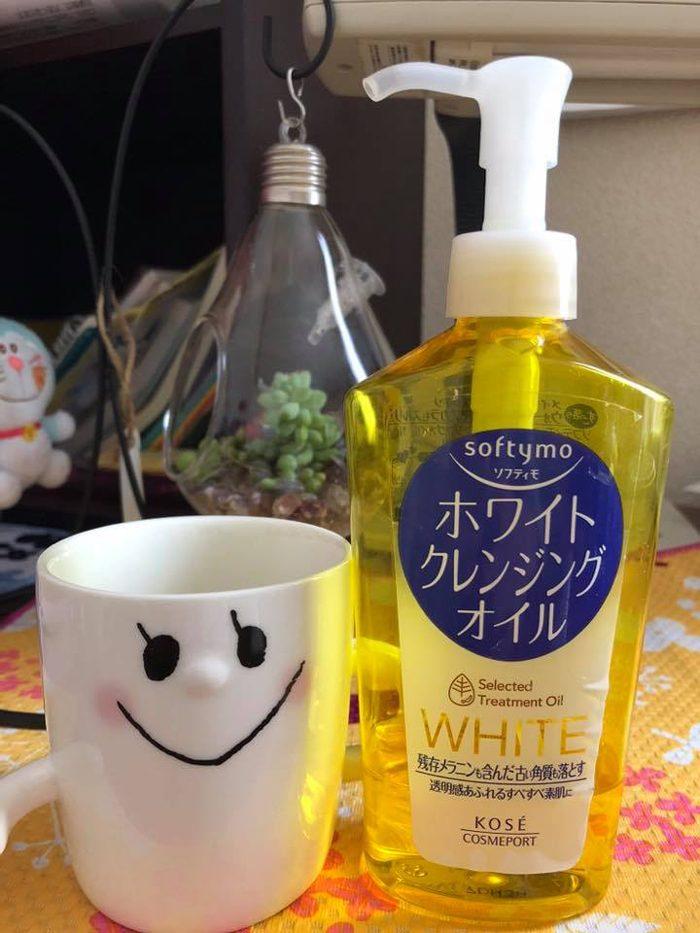 Dầu tẩy trang Kose Softymo White Cleansing Oil