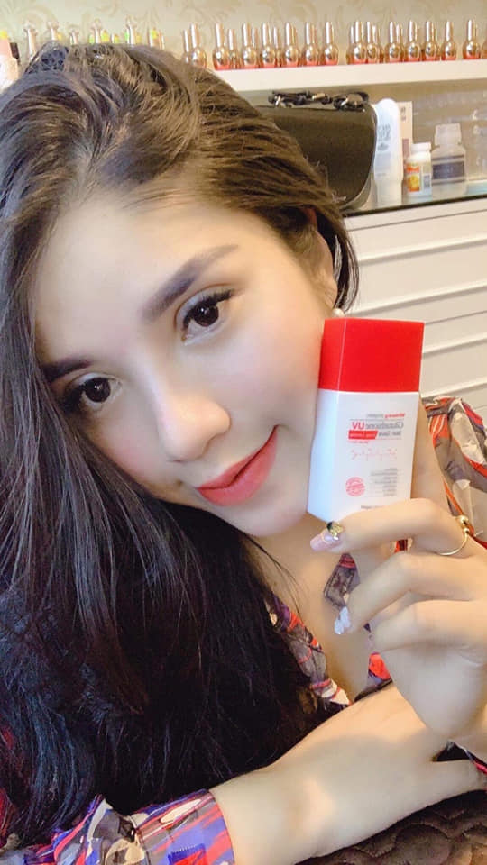 Kem chống nắng Angel's Liquid Glutathione UV Skin Save long lasting SPF50PA+++