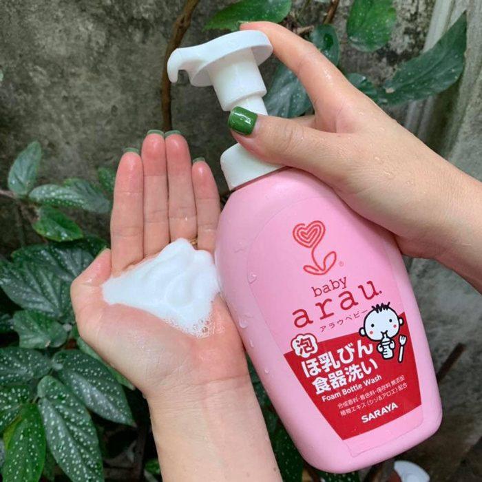 Nước rửa bình sữa Arau Baby Foam Bottle Wash SARAYA