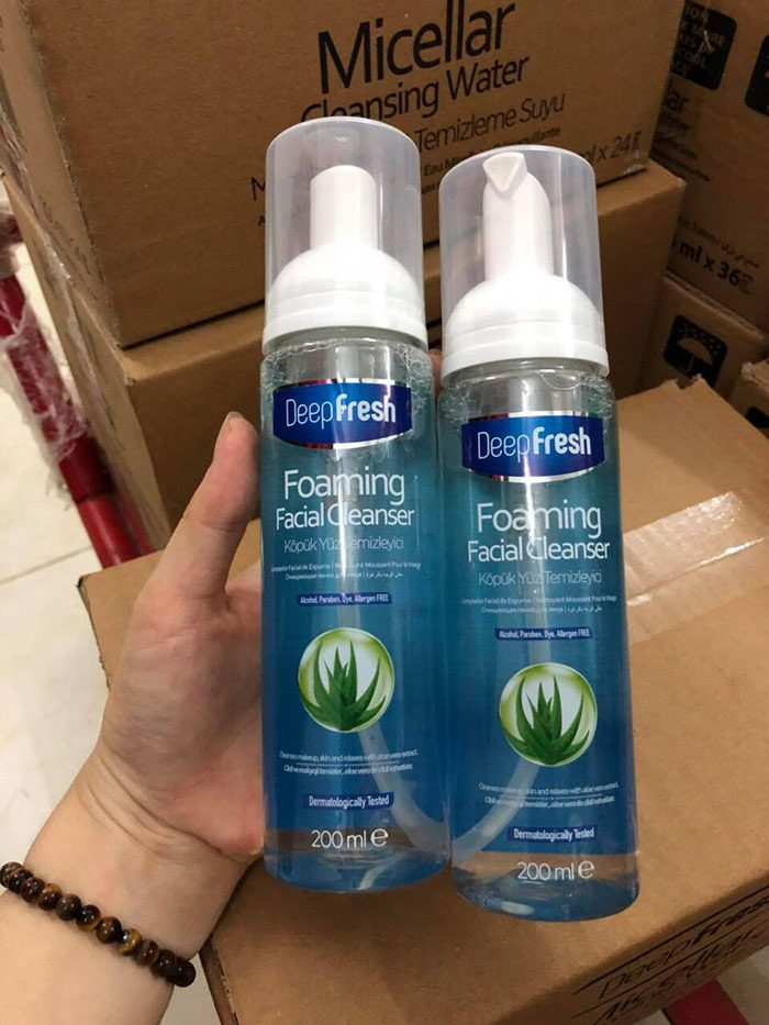 Sữa Rửa Mặt Deep Fresh Foaming Facial Cleanser