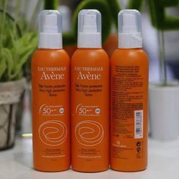 Xịt chống nắng Avène Very High Protection Spray Very Water Resistant SPF50+