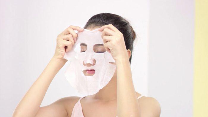Mặt Nạ Rohto CC Melano Whitening Mask