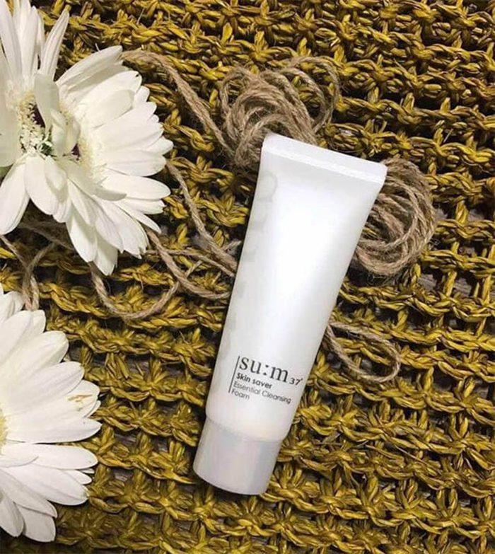 Sữa rửa mặt Su:m37 Skin Saver Essential Cleansing Foam