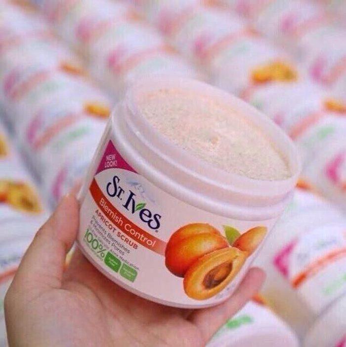 Tẩy tế bào chết St.Ives Apricot Scrub
