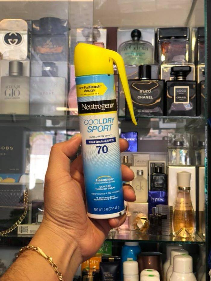 Xịt chống nắng Neutrogena Cooldry Sport sunscreen spray