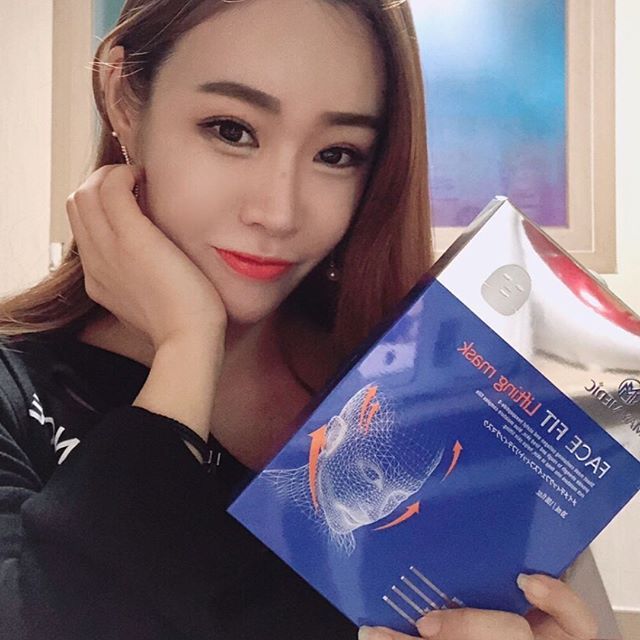Mặt nạ May Medic Face Fit Lifting V Band Find V Line