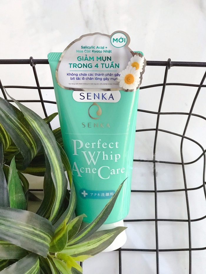 Sữa Rửa Mặt Senka Perfect Whip Acne Care