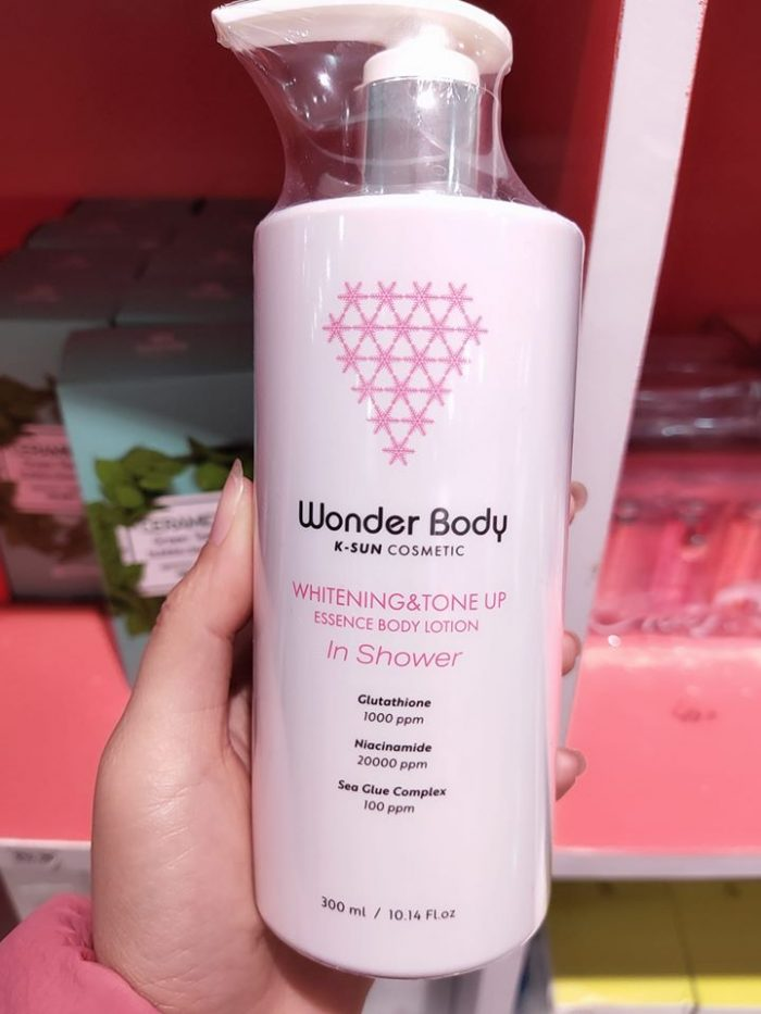 Sữa tắm trắng da Wonder Body Whitening And Tone Up Essence Body Lotion