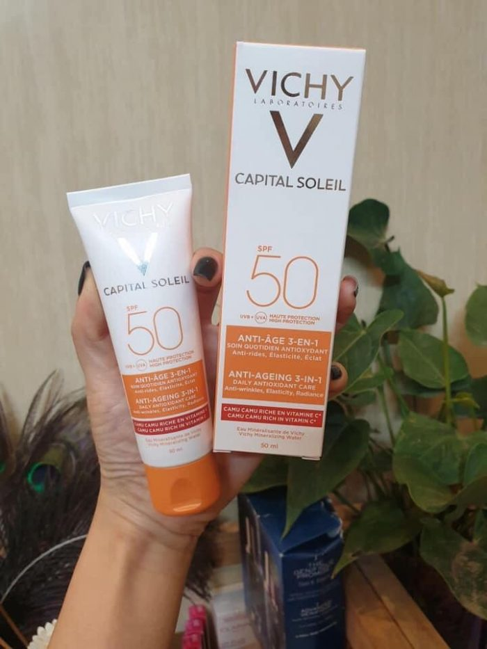 Kem Chống Nắng Vichy Capital Soleil Anti-Ageing 3 in 1 SPF50+