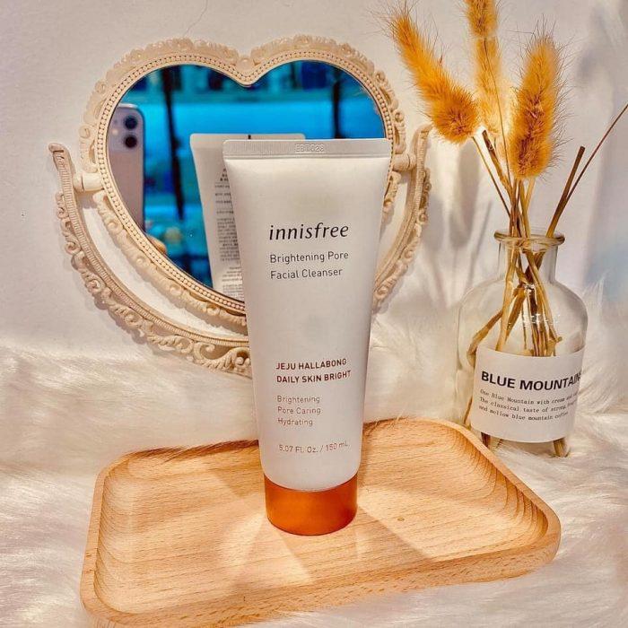 Sữa Rửa Mặt Innisfree Brightening Pore Facial Cleanser